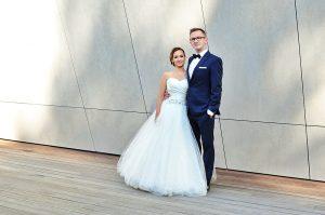Para-młoda-kocha-zdjęcia-ślubne