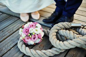 fotografia-ślubna-z-żeglarskim-motywem